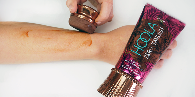 Apply to arms and legs in broad circular strokes for an instant goddess glow.