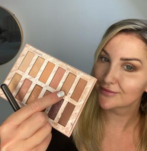 Model using Benefit Cosmetics Big Beautiful Eyes Palette