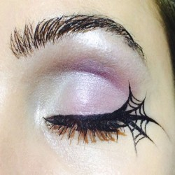 HALLOWEEN EYE LOOK 1 REDUCED
